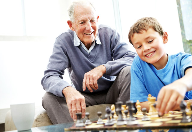 Картинки по запросу фото играют в шахматы